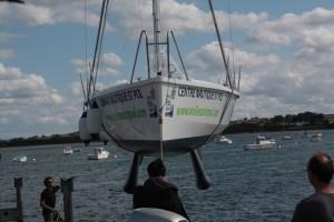 Mise à l'eau de l'Echo 90, bateau collectif construit à Saint Pol de Léon par Serge Le Roux